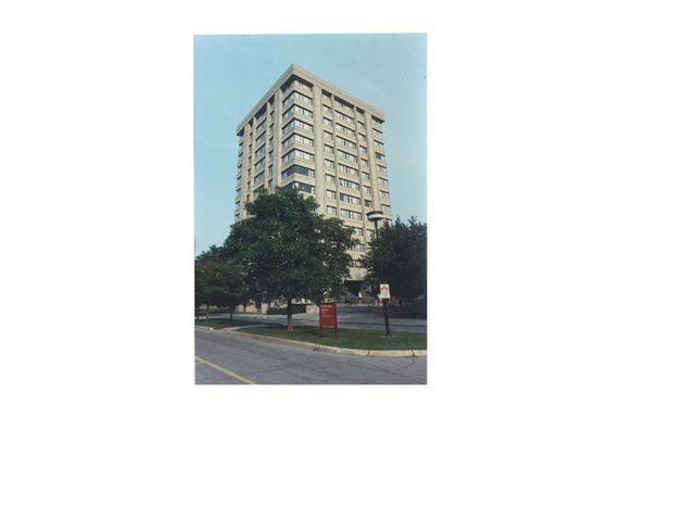 tatham_hall_residence___1988